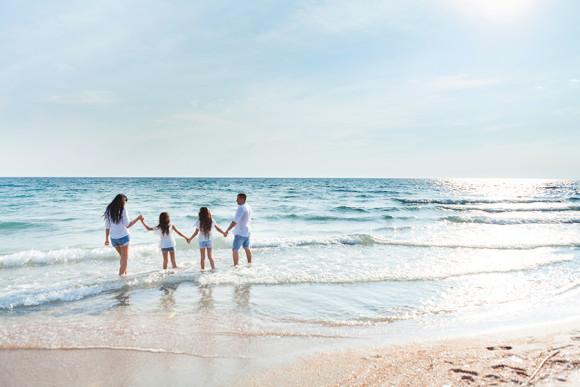 Семейная фотосессия: свежесть моря!